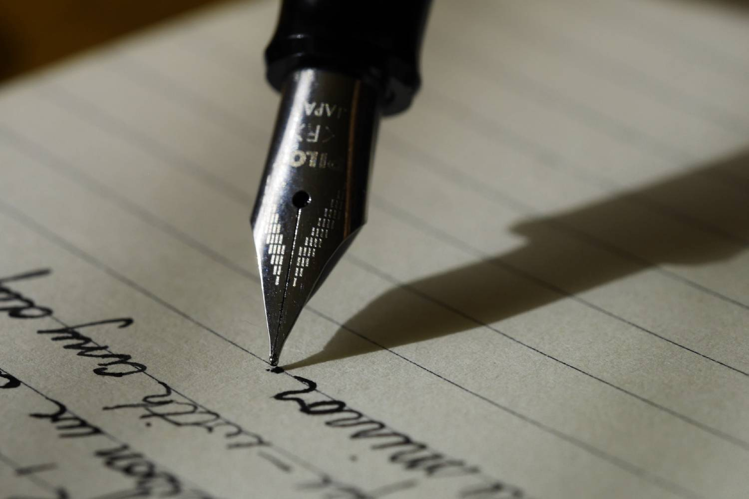 freelance writing tips - ink on paper